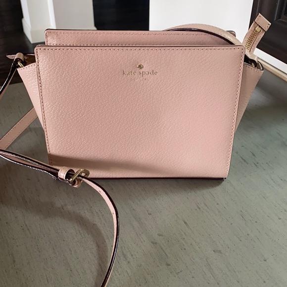 Kate Spade NWOT handbag in light pink never used